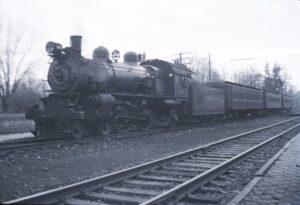 Pennsylvania Railroad | Ruxton, Maryland | E-6 class 4-4-2 Atlantic #1150 | Local passenger train | November 1940 | Fielding Lew Bowman photo